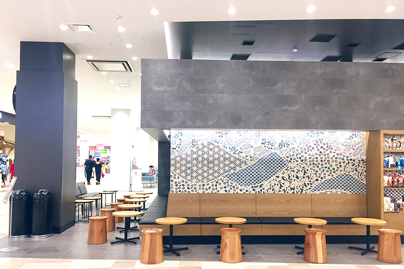 PARCO CITYのStarbucks Coffee|【保存版】沖縄の電源カフェ特集!地元フリーランスが厳選した、宜野湾市と浦添市の便利なコワーキングやカフェ
