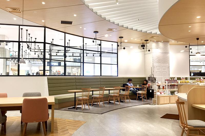 PARCO CITYのタリーズコーヒー|【保存版】沖縄の電源カフェ特集!地元フリーランスが厳選した、宜野湾市と浦添市の便利なコワーキングやカフェ