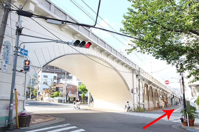 灘駅 神戸のゲストハウス萬家(MAYA)