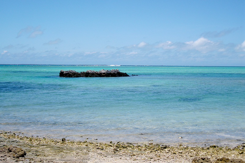 沖縄の離島 海 ビーチ