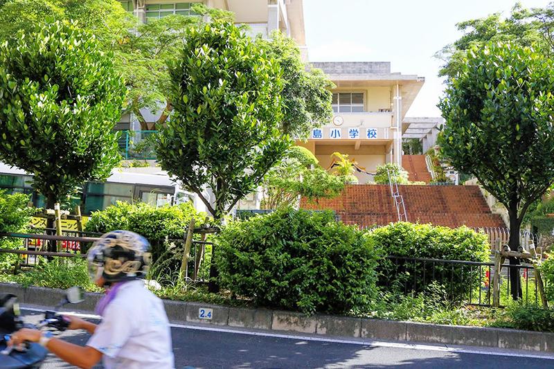 沖縄都市モノレール「ゆいレール」市立病院前駅