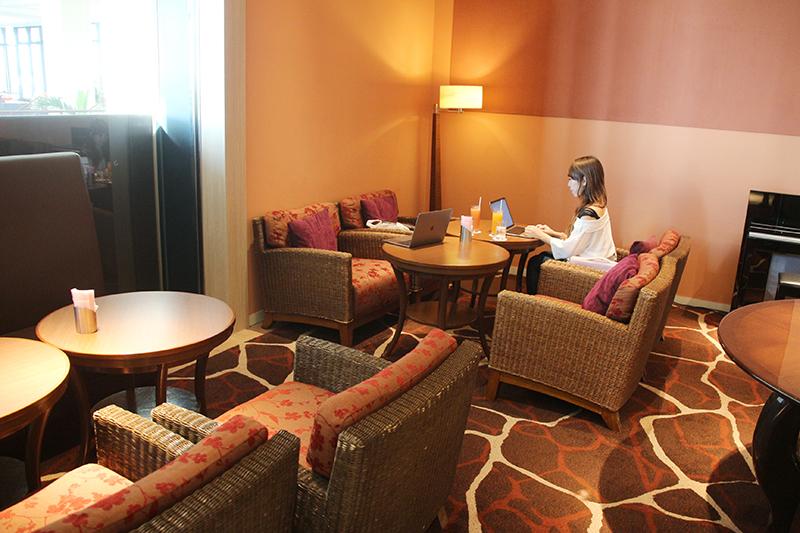 沖縄県糸満市の暮らし サザンビーチホテル&リゾート沖縄 2階レイール